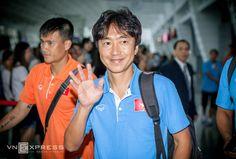 HLV Miura: 'Không dễ bắt nạt tuyển Đài Loan' - http://www.iviteen.com/hlv-miura-khong-de-bat-nat-tuyen-dai-loan/  Chiến lược gia người Nhật Bản khẳng định quyết tâm giành ba điểm trước chủ nhà Đài Loan ở vòng loại thứ hai World Cup 2018, dù biết rằng điều đó không hề đơn giản.   #iviteen #newgenearation #ivietteen #toivietteen  Kênh Blog - Mạng xã hội giải trí hàng đầu cho giới tre