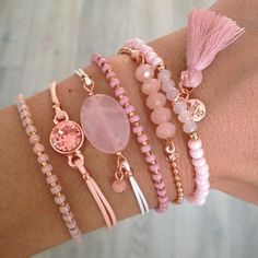 Costume Jewelry 2017 - Pink Bracelets with Rose Gold - - jewelry Cute Jewelry, Jewelry Crafts, Beaded Jewelry, Jewelry Accessories, Jewelry Design, Jewellery Diy, Jewelry Logo, Jewelry Trends, Gold Jewelry