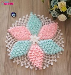 Fabricación de un modelo de fibra estrella, Crochet Motifs, Crochet Flower Patterns, Doily Patterns, Crochet Blanket Patterns, Baby Knitting Patterns, Diy Crochet, Knitting Designs, Crochet Doilies, Crochet Flowers