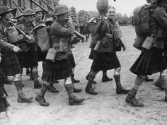 Scottish Regiment marching to the front. Scottish Army, British Army, Military Army, Military History, World History, World War Ii, Army Infantry, Men In Kilts, History Images