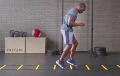 44 Awesome Drills That Make Your Body Faster and Your Mind Sharper 44 Speed Ladder Drills That Make Your Body Faster and Your Mind Sharper Volleyball Workouts, Basketball Workouts, Soccer Drills, Gym Workouts, Boxing Drills, Boxing Boxing, Workout Routines, Agility Workouts, Agility Training