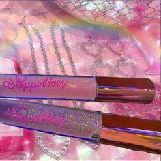 Best Lip Gloss, Diy Lip Gloss, Lip Gloss Homemade, Gloss Labial, Glitter Lips, Lip Oil, Glossy Lips, Aesthetic Makeup, Lip Care