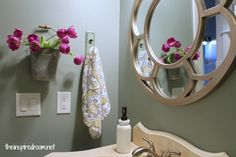 Small bathroom, simple makeover ideas! No big budget or power tools involved!