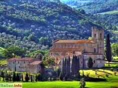 Montalcino (SI) - Tuscany, Toskana - Italy, Italien - The Abbazzia di Sant'Antimo in the evening sun - Die Abbazzia di Sant´Antimo in der Abendsonne. - More at: http://www.italien.info/impressionen