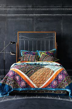 Simple bohemian bedroom ideas simple with chalkboard wall decor and drawn headboard ideas plus typical bedding Boho Chic Bedroom, Bedroom Decor, Bedroom Ideas, Boho Room, Bedroom Designs, Master Bedroom, Bedroom Wall, Stylish Bedroom, Bedroom Colors