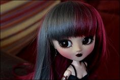 Claw~ (Carbon_Beauty) Tags: red grey natural wine wig demon pullip custom fc custo obitsu