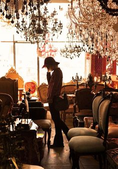love cruising antique shops