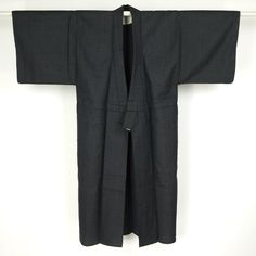 Dark gray wook kimono for man / 網代に織り上げたウール素材の男物単衣長着   #Kimono #Japan http://global.rakuten.com/en/store/aiyama/