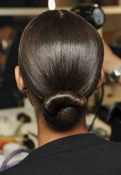 Awesome low bun wedding hairstyles 00003 - My list of the most creative hairstyles Office Hairstyles, Low Bun Hairstyles, Winter Hairstyles, Wedding Hairstyles, Woman Hairstyles, Quinceanera Hairstyles, Bridal Hairstyle, Creative Hairstyles, Updo Hairstyle