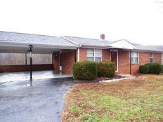 1805 Bassett Heights Bassett, VA /  3 bedroom/1 bath ranch style home. Recently updated!