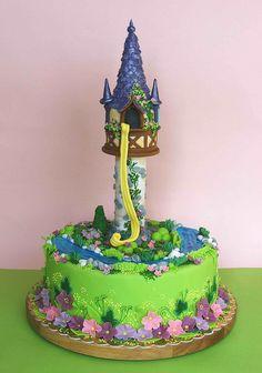 Rapunzel tower cake by bubolinkata, via Flickr