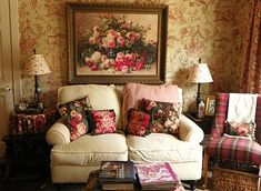 Romantic Cottage Living Room – HomEnthusiastic 40 Cozy and Romantic Cottage Living Room 11 88 Best Romantic Style Interiors Images English Cottage Style, English Country Decor, Country Rose, English Cottages, French Country, English Cottage Interiors, French Chic, English Style, Cottage Living Rooms