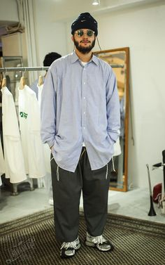 New Balance Outfit, Men Street, Street Snap, Fashion Silhouette, Future Clothes, Layering Outfits, Mens Fashion Week, Cozy Fashion, Japan Fashion