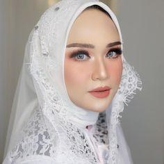 Simple makeup for wedding gold ideas Muslim Wedding Gown, Muslimah Wedding Dress, Muslim Wedding Dresses, Dream Wedding Dresses, Wedding Veils, Wedding Makeup Blonde, Simple Wedding Makeup, Wedding Beauty, Simple Makeup