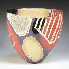 Carolyn Genders - 'Red, Gold and Purple', white earthenware open vessel with burnished terra sigillata slip and sgraffito, signed with initials to base, height approx Ceramic Clay, Ceramic Plates, Ceramic Pottery, Pottery Art, Painted Pottery, Pottery Studio, Modern Ceramics, Contemporary Ceramics, Keramik Design