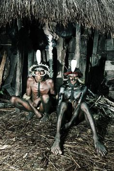 Papuan people :D  Readersdigest.co.id Destinasi