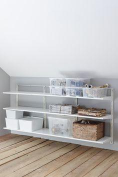 Ikea Algot, Bedroom Murals, Bedroom Decor, Small Wall Mirrors, Basement Bedrooms, Round House, Cozy Place, Shelving, Living Room Decor