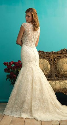 2016 Beautiful V Neck Wedding Dresses With Capped Sleeveless Hollow Applique Beaded Crystal Lace Wedding Gowns Court Train Custom Made Two In One Wedding Dress Wedding Dress Photos From Liuliu8899, $255.45  Dhgate.Com