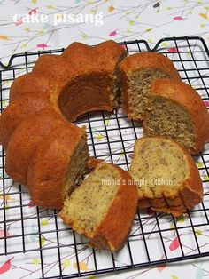 Cake Pisang Simple Banana Bread Cake, Banana Cakes, Baking Recipes, Cookie Recipes, Marmer Cake, Resep Cake, Indonesian Food, Sponge Cake, Chocolate Peanut Butter