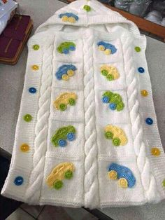 Knitting patterns, knitting designs, knitting for beginners. Crochet Baby Bonnet, Crochet Baby Cocoon, Baby Blanket Crochet, Crochet Motif, Kids Knitting Patterns, Knitting Designs, Crochet Patterns, Baby Bunting, Wearable Blanket