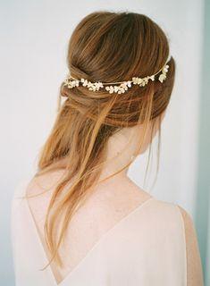 10 idées de coiffures de mariée naturelles à découvrir sur le blog mariage La mariée aux pieds nus – Photo : Imogen Xiana Photography