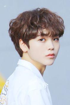its driving him mental # Poesía # amreading # books # wattpad Yohan Kim, Pre Debut, Baby Songs, Starship Entertainment, Hyungwon, Boys Who, Handsome Boys, K Idols, Boy Bands