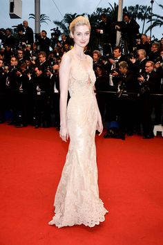 Elizabeth Debicki wore a nude, embellished lace custom Alex Perry dress to the opening ceremony of the film festival. #Cannes2013