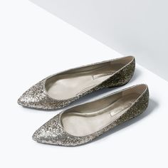 Image 4 of GLITTER POINTED BALLET FLATS from Zara