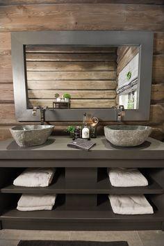 FINN Eiendom - Fritidsbolig til salgs Bathroom Decor Pictures, Blue Bathroom Decor, Diy Bathroom, Bathroom Design Small, Bathroom Accessories, Outhouse Bathroom Decor, Cabin Bathrooms, Cabin Homes, Log Homes