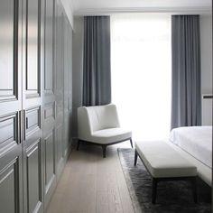 #grey #white #inspiration #architecture #interiordesign #interiorarchitect #wardrobe #furniture #design #decoration #bedroom #ideas #luxuryinteriors #contemporary #istanbul #beirut #africa #qatar #dubai #bahrain #saudiarabia #kiralmobilya #kiralgroup #kiralyapi @kiralmobilya by idilkiral