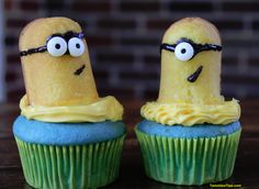 Minion Cupcakes. Thank goodness Twinkies came back today!  Perfect for this!