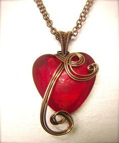 """WireWorkers Guild - gallery of many Valentine's Day pieces followed by a """"twisted heart"""" video tute. #wire #jewelry #tutorial"""