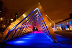 Iceberg, Luminotherapy - metallic arches produce sounds, arranged as tunnel, visitors can enter, listen and play it - human activity warms up ice monuments
