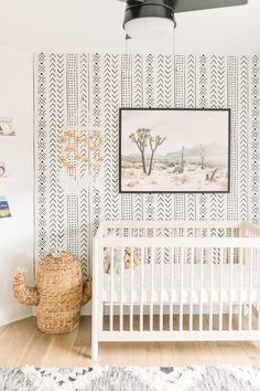 Get baby boy nursery room ideas from these gorgeous gender neutral nurseries. As I get ready for my newborn to move into a crib, I'm loving these nursery decals and nursery artwork along with the mode Baby Boys, Baby Room Boy, Baby Room Decor, Boho Nursery, Nursery Neutral, Nursery Room, Neutral Nurseries, Nursery Grey, Modern Nurseries