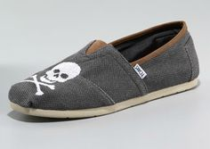 TOMS - Skull Slip On    I want this shit