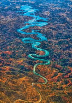 Blue Dragon River in Portugal ´- Rio Odeleite Castro Marim Algarve Amazing Places On Earth, Wonderful Places, Beautiful Places, Beautiful Scenery, Dragon Bleu, Blue Dragon, Dragon China, Dragon Lady, Places In Portugal
