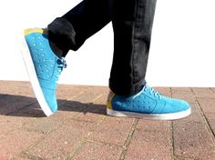 blue gold handmade shoes US 9 #Marapulai Tigo low by MarapulaiClothing, €79.00