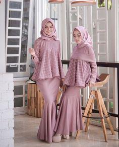 kinara dress bahan baloteli mix broklat ukuran all size fit to L Ld. Hijab Gown, Kebaya Hijab, Hijab Dress Party, Kebaya Dress, Kebaya Muslim, Muslim Dress, Batik Fashion, Abaya Fashion, Fashion Dresses