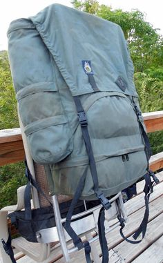 A16 80's backpack frame Swiss Army Backpack, Backpacking, Baby Strollers, Survival, Military, Frames, Collections, Sport, Drawing
