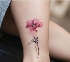 What does poppy flower tattoo mean? We have poppy flower tattoo ideas, designs, symbolism and we explain the meaning behind the tattoo. Gorgeous Tattoos, Pretty Tattoos, Love Tattoos, New Tattoos, Body Art Tattoos, Tattoos For Women, Watercolor Poppy Tattoo, Poppies Tattoo, Dogwood Tattoo