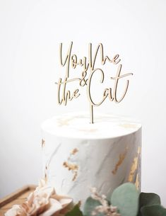 Modern wooden cat themed You Me Cat wedding cake topper #catlovers #weddingcat #weddingideas #petsatweddings #weddingpets #cats #caketopper #weddingcake #caketoppers #etsy Wedding Favours Sign, Wedding Ceremony Signs, Wedding Signage, Wedding Cookies, Wedding Cake Toppers, Cat Cake Topper, Phuket Wedding, Cat Wedding, Wooden Cat