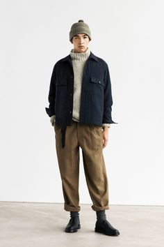 Normcore Fashion, Workwear Fashion, Mens Fashion, Normcore Style, Street Style Outfits Men, Dr Martens Outfit, Adidas Retro, Margaret Howell, Men Looks