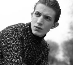 Sandro Men Fall/Winter 2015 Campaign Highlights Classic Knits