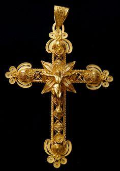 Religious filigrana jewelry.