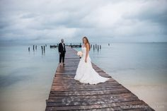 Isla Mujeres destination Wedding Photography Mexico Cancun Venue | Emily + Derek  photo