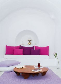 Perivolas resort on Santorini, Greece by the style files, via Flickr