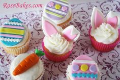 Easter Cupcakes - The little fondant carrot is super cute!