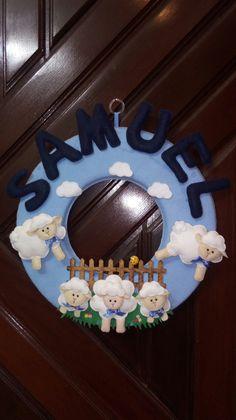 Guirlanda Porta de Maternidade  Ovelhas Samuel Toda em feltro