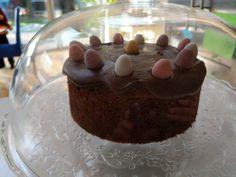 Chocolate twist on Simnel Cake - World Food Tour Simnel Cake, Chocolate Icing, Cream And Sugar, Grand Prix, Food Processor Recipes, British, Baking, Desserts, Chocolate Frosting