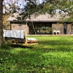 Ole Petter Wullum — LYSTHUS / RINDALSHYTTER Modern Barn House, Prefab Cabins, Porch Swing, Outdoor Furniture, Outdoor Decor, Mansions, Architecture, Building, Pictures